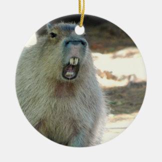 Ornamento divertido del Capybara Adorno Navideño Redondo De Cerámica