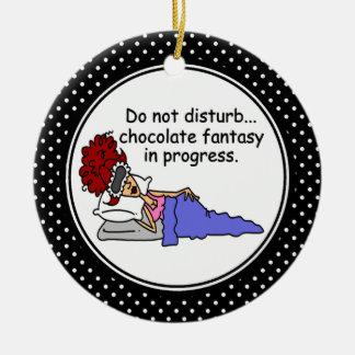 Ornamento divertido del navidad del humor del adorno navideño redondo de cerámica