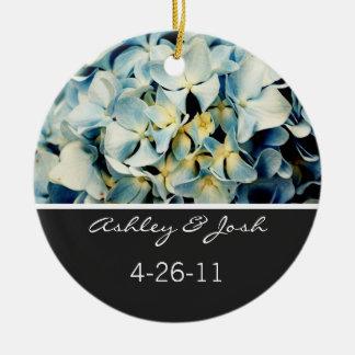 Ornamento elegante azul del boda del Hydrangea Adorno Navideño Redondo De Cerámica
