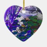Ornamento en forma de corazón azul del lirio de ag ornato