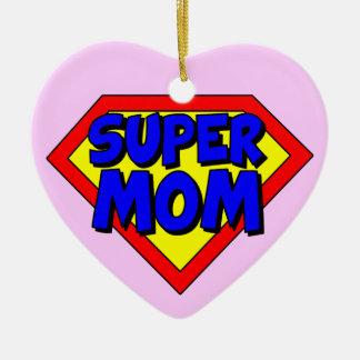 Ornamento en forma de corazón de la mamá estupenda ornamentos de navidad