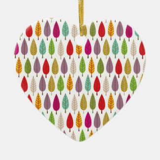 Ornamento en forma de corazón modelado árbol loco adorno navideño de cerámica en forma de corazón