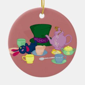 Ornamento enojado de la fiesta del té adorno navideño redondo de cerámica