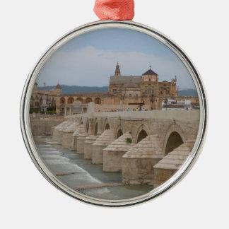 Ornamento español del árbol de navidad - Cordova, Adorno Navideño Redondo De Metal