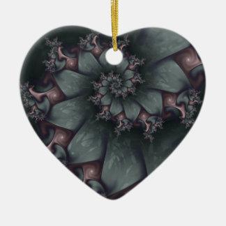 Ornamento espiral esculpido adorno navideño de cerámica en forma de corazón