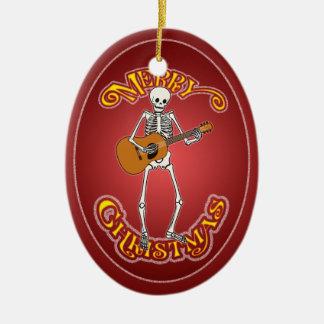 Ornamento esquelético personalizado guitarra adorno navideño ovalado de cerámica