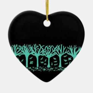 Ornamento hivernal del corazón de la silueta del adorno navideño de cerámica en forma de corazón