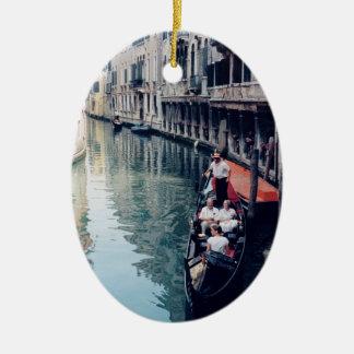 Ornamento italiano del árbol de navidad - Venecia, Adorno Navideño Ovalado De Cerámica