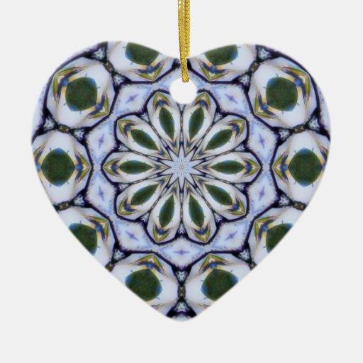 Ornamento joven de la mandala de los corazones ornamento de reyes magos