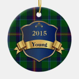 Ornamento joven del personalizado de la tela adorno navideño redondo de cerámica