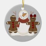 Ornamento lindo de los pares del muñeco de nieve y ornamente de reyes