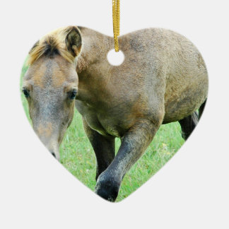 Ornamento melado de itinerancia del caballo adorno de cerámica en forma de corazón
