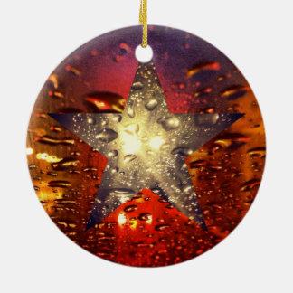 Ornamento mojado de la luz de las estrellas adorno redondo de cerámica