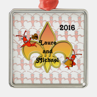 Ornamento musical de la flor de lis de los adorno navideño cuadrado de metal