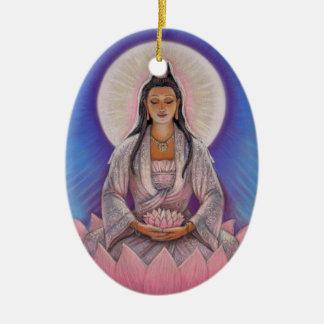 Ornamento oval del navidad de Kuan Yin Adorno Ovalado De Cerámica