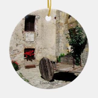 Ornamento - patio aislado en Monteriggioni Adorno Navideño Redondo De Cerámica