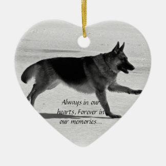 Ornamento perdido del mascota adorno navideño de cerámica en forma de corazón