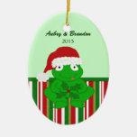 Ornamento personalizado de la rana del navidad ornamentos de reyes magos