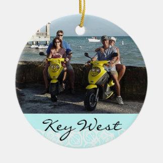 Ornamento personalizado de las vacaciones adorno redondo de cerámica