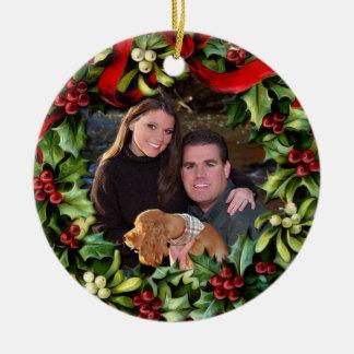Ornamento personalizado foto de la guirnalda del adorno navideño redondo de cerámica