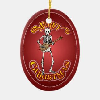 Ornamento personalizado guitarrista esquelético de adorno navideño ovalado de cerámica