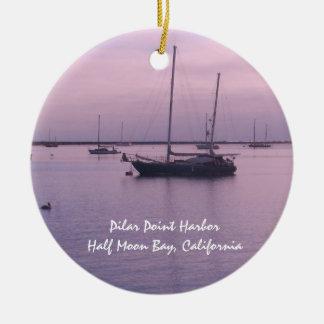 Ornamento Pilar de Half Moon Bay del puerto del Adorno Navideño Redondo De Cerámica