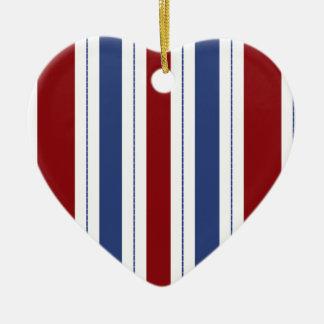 Ornamento rayado rojo, blanco, azul del corazón ornamento de reyes magos