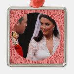 Ornamento real del boda de Guillermo y de Kate Adorno De Navidad