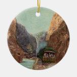 Ornamento real del tren de la garganta del vintage adorno para reyes