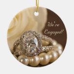 Ornamento redondo de diamante del compromiso oval  adorno de reyes