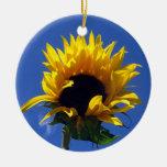 Ornamento redondo de la salida del sol del girasol ornato
