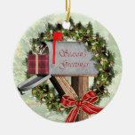 Ornamento redondo del cartero del buzón, de la adorno navideño redondo de cerámica