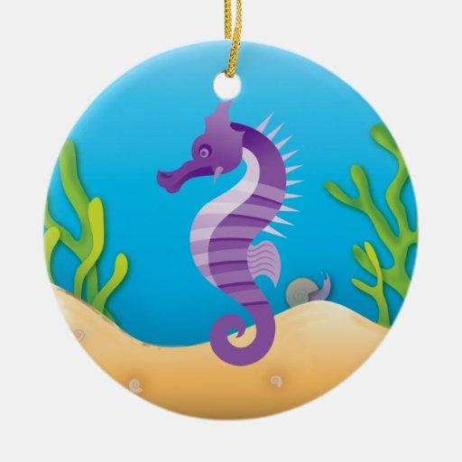 Ornamento redondo del Seahorse púrpura subacuático Adorno De Navidad