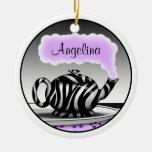 Ornamento redondo púrpura de la tetera del ornamentos de navidad