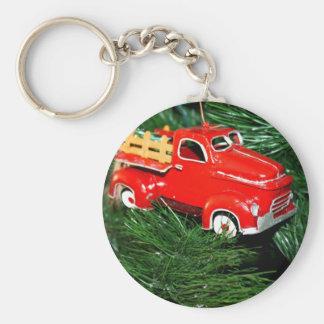Ornamento rojo 2 del navidad del camión llavero redondo tipo pin