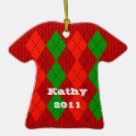 Ornamento rojo cómodo del suéter de Argyle Ornato