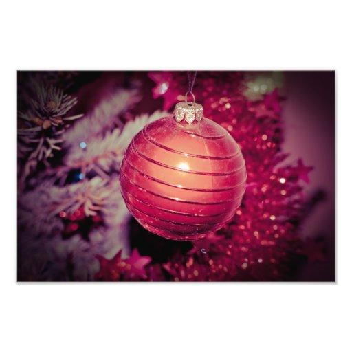 Ornamento rojo del árbol de navidad fotografía