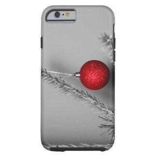 Ornamento rojo del árbol funda de iPhone 6 tough