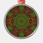 Ornamento rojo del arsenal de la mandala del adorno redondo plateado