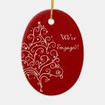 Ornamento rojo del compromiso del invierno del ornamentos de navidad
