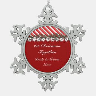 Ornamento rojo del navidad de la raya del caramelo adornos