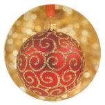 Ornamento rojo del navidad platos para fiestas