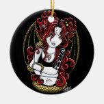 Ornamento rojo gótico de la hada de la serpiente d ornatos