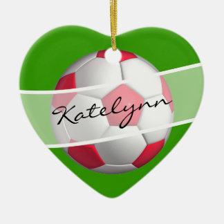 Ornamento rojo y verde del árbol de navidad del adorno de cerámica en forma de corazón