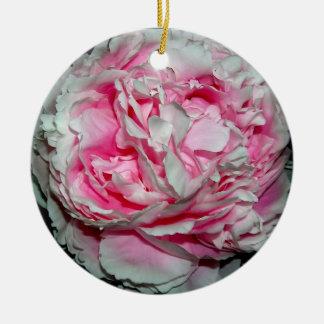 Ornamento rosado de los pétalos ornamento de reyes magos