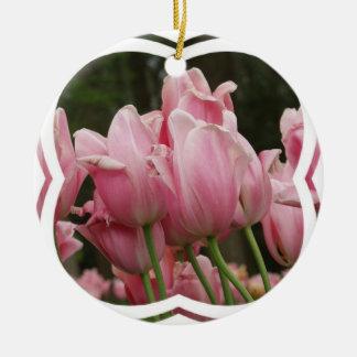 Ornamento rosado de los tulipanes adornos de navidad