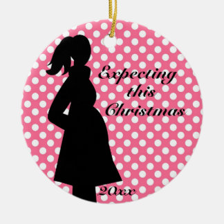 Ornamento rosado del embarazo del lunar adorno navideño redondo de cerámica