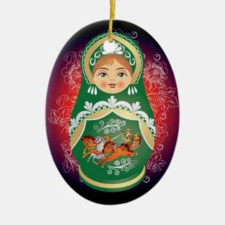"""Ornamento ruso del navidad de la muñeca - """"Olga """" Adorno Navideño Ovalado De Cerámica"""