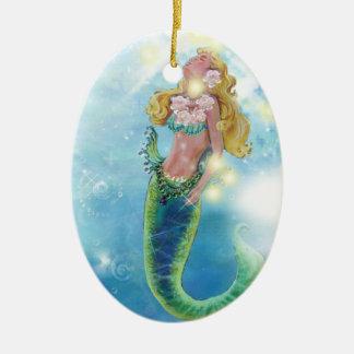 Ornamento soñador del navidad de la sirena adorno navideño ovalado de cerámica