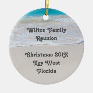 Ornamento tropical del recuerdo de la reunión de adorno navideño redondo de cerámica